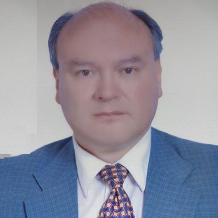 Dr. Edwar Alvarez Coello