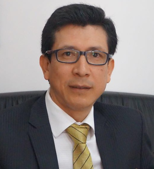 Dr. Charles Marcelo Hidalgo Quishpe